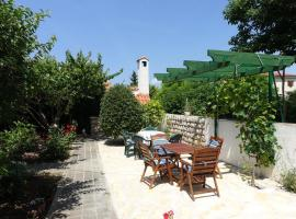 Apartments and rooms with parking space Nin, Zadar - 5805, B&B in Nin