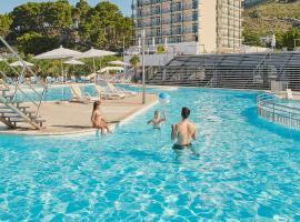 Bluesun hotel Neptun - All inclusive, romantic hotel in Tučepi