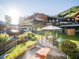 Alpenwellnesshotel St. Veit, hotel in Sesto