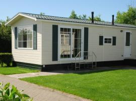 Minicamping De Visser, budget hotel in Zoutelande