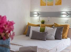 Amazona, serviced apartment in Agia Pelagia