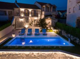 Villa Pescatore, villa in Trogir