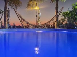 Pousada Coração da Ilha do Mel, family hotel in Ilha do Mel