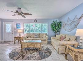 Waterfront Home with Kayaks Boat, Fish and Hike!, holiday home in Crystal River