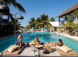 "Casa Beach Hotel ""Casa Del Mar"", hotel in Jambiani"