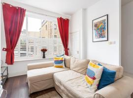 10 Grove St - Bath Holiday Suites, apartment in Bath