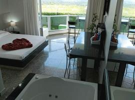 Motel Colorado (Adult Only), hotel with jacuzzis in Brasilia