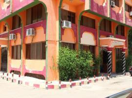 Tiba Hotel، فندق في أسوان