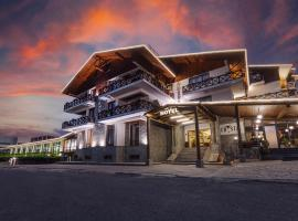 Hotel Crystal, отель в Бакуриани