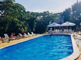 BRIZA BOUTIQUE, hotel in Eforie Sud