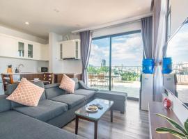 22HOUSING APARTMENT NEAR WESTLAKE, self catering accommodation in Hanoi