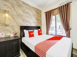 OYO 90480 Sultan Guest House, hotel near Taman Krida Budaya Jawa Timur, Malang