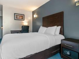 Econo Lodge, hotel in Montreal