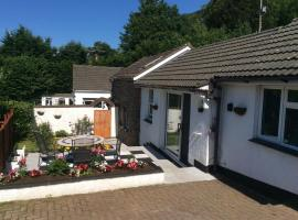Charming 3-Bed Cottage Exmoor near Barnstaple, holiday home in Barnstaple