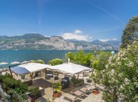Lake Front Hotel Brenzone, hotell i Brenzone sul Garda