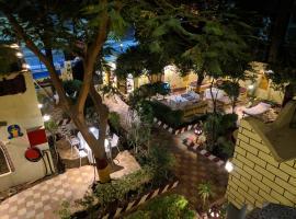 El Phardous Hotel, hotel in Luxor