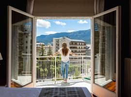 Gran Hotel de Jaca, hotel in Jaca
