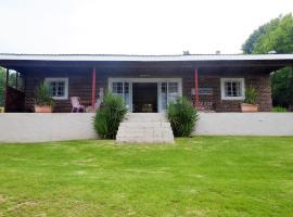 Riverholm Country Estate Lodges, hotel in Nkangala