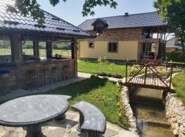 Ranch, Vikendica GREEN ISLAND, holiday home in Bihać