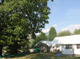 Kashmir Tourist Camp, Mamer, Kangan, luxury tent in Sonāmarg