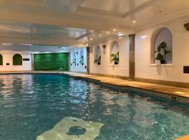Washington Central Hotel, hotel with jacuzzis in Workington