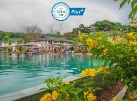 PP Charlie Beach Resort- SHA Plus, hotel in Phi Phi Islands
