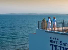 Hotel & Spa Terraza, hotel near Ciutadella Roses, Roses