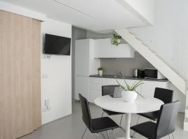 Brand new apartments Ortiquattro, hotel near Porta Romana Metro Station, Milan