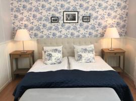 Nautic Hotell, hotel in Marstrand