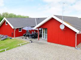 Six-Bedroom Holiday home in Vejers Strand, villa in Vejers Strand