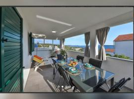 Holiday home Petra - house with a sea view in an isolated location, villa in Vinišće