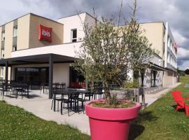 ibis Les Herbiers, hôtel aux Herbiers près de: Puy du Fou