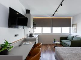The Athenians Art Apartments, apartment in Athens