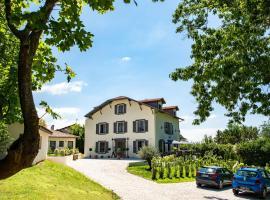 Villa la Renaissance, hôtel à Bayonne près de: Guyenne et Gascogne, Siège