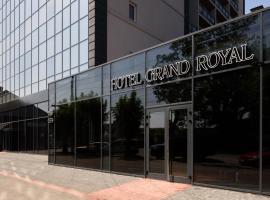 Grand Royal, hotel in Chernivtsi