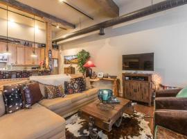 708 Main Street, Unit #4, holiday home in Ouray