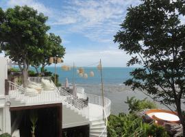 High Life Bungalow, resort in Haad Yao
