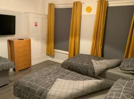 Fiveways Hotel, hotel in Hull