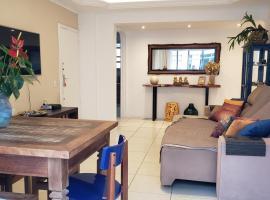 Otimo apartamento vista mar,no centro a 10m da praia, apartment in Balneário Camboriú
