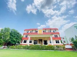 Hotel Ashwin, hotel near Moti Magri, Udaipur
