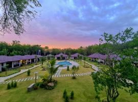 Thalang Tara Resort, hotel near Khao Phra Thaeo National Park, Thalang