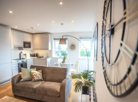 Modern & Stylish 1 & 2 Bedroom Apartments Slough by Opulent, apartment in Slough