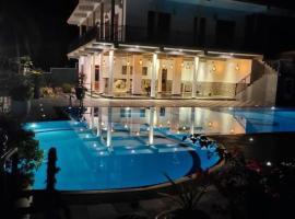 Coral Palm Villa and Apartment - Level 1 Certified, apartment in Unawatuna