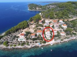 Apartments by the sea Cove Mikulina Luka, Korcula - 9181, apartment in Vela Luka