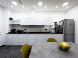 LargoDoria - ViaGenova appartamento con balcone, appartamento ad Albenga