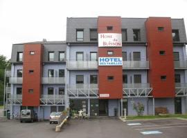 HOME DU BUISSON Hôtel des Familles, hôtel à Isle près de: Golf de Limoges