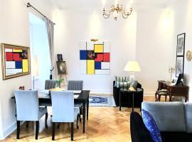 Luxury Suites & Apartments MONDRIAN Old Town – hotel w pobliżu miejsca Pałac Prezydencki w Warszawie