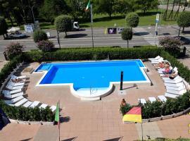 Hotel San Benedetto, hotell i Peschiera del Garda