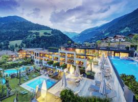 Stroblhof Active Family Spa Resort, hotell i San Leonhard in Passeier
