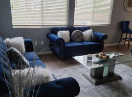 Spacious 5 bedroom home located 3 min from Aliante casino, budget hotel in Las Vegas